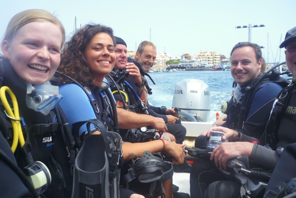 inmersión con barco en las Galletas