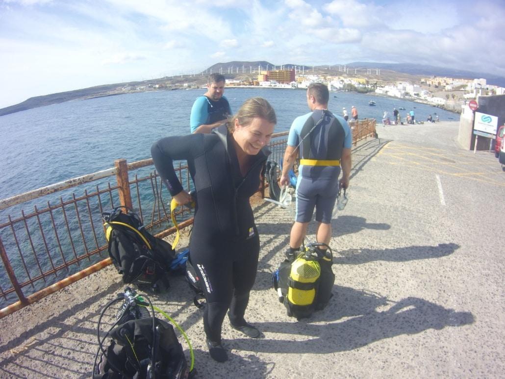 preparación de equipo para inmersión
