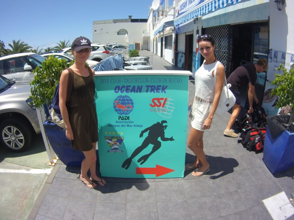 Buceadores en ocean trek