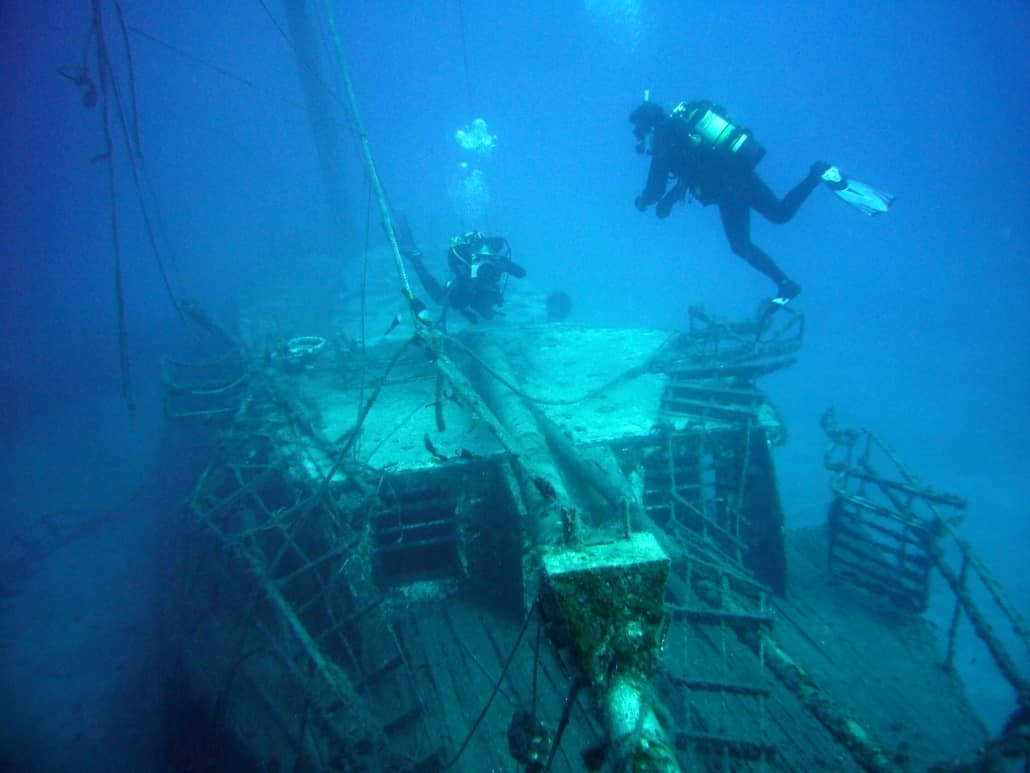 Inmersión con pecio